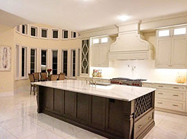 Custom Design Transitional Kitchen with Quartz Countertop